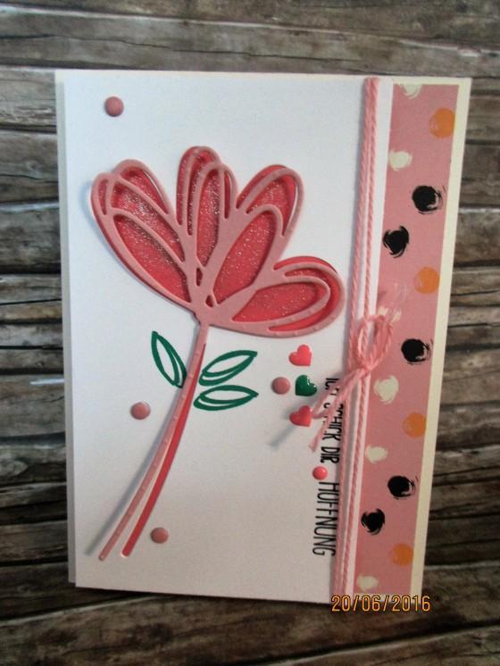 Grüße voller Sonnenschein - die ausgestanzte Blume